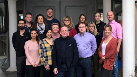 Das sind die Gemeinderatskandidaten des Vereins Bürger für Bürger in Bäumnehim. Im Vordergrund der neue Vorsitzende Hansrobert Schimmer.