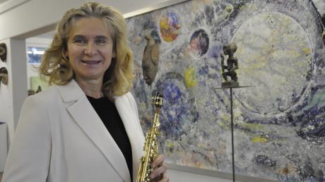 Annette Steinacker-Holst lebt für die schönen Künste. Die Leidenschaft dafür wurde der Tochter des Bildhauers Ernst Steinacker in die Wiege gelegt.