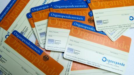 Die Mehrheit im Bundestag hat entschieden: Organspender wird oder besser bleibt, wer sich explizit dafür ausspricht und dies etwa mit einem Organspendeausweis dokumentiert.
