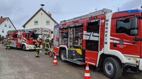 Mehrere Feuerwehren waren nach einem schlimmen häuslichen Unfall in Natterholz vor Ort.