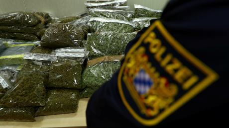 Ein Senior hat in seiner Wohnung in Donauwörth Marihuana angebaut.