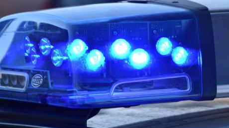 Die Polizei sucht Zeugen für einen Unfall in Friedberg.