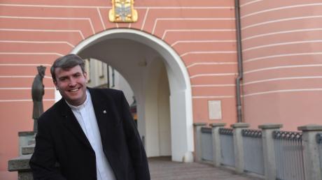 Bernd Rochna stammt aus Westendorf und kennt Donauwörth, den neuen Arbeits- und Wohnort, daher seit Kindheitstagen. Rochna ist als katholischer Jugendpfarrer für die jungen Menschen in den Landkreisen Donau-Ries und Dillingen zuständig.