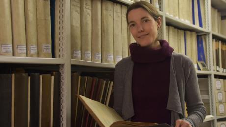 Cathrin Hermann ist die Hüterin der historischen Archive der Stadt Donauwörth. Vieles sei noch unerforscht, sagt die promovierte Historikerin.