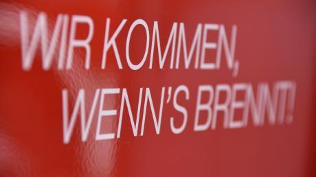 Drei Feuerwehren eilten am Dienstagnachmittag zu einem Brand in Ebermergen.