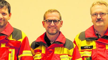 Das Führungstrio der Wemdinger Feuerwehr: (von links) der neue stellvertretende Kommandant Christian Pfefferer, Kommandant Christian Brunner-Hauck und stellvertretender Kommandant Helmut Kopp.