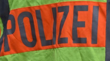 Die Polizei Dachau meldet einen Unfall auf der Autobahn bei Odelzhausen.
