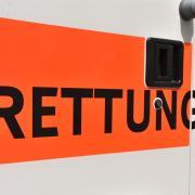 Ein 19-Jähriger ist nach dem Faschingsumzug in Kammlach schwerst verletzt worden.
