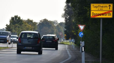Vorgutachten zu zwei Ortsumfahrungsvarianten für die B 16 bei Tapfheim sind in Auftrag gegeben. Das Thema zieht sich seit Jahren hin.