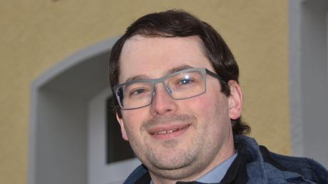 Ist bereits vielfältig für die Gemeinschaft in Fünfstetten aktiv: Roland Weiß. Nun will der als PWG-FW-Kandidat Bürgermeister werden.