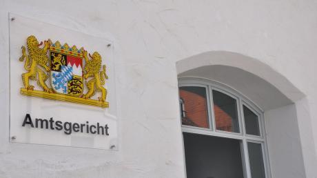 Ein riskantes Überholmanöver brachte einen jungen Mann vor dasAmtsgericht in Nördlingen.