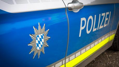 Die Aichacher Polizei meldet einen Unfall am Dienstagmorgen in Aichach.