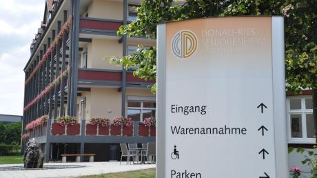 Im Umfeld des Kreis-Seniorenheims in Monheim könnten bald noch weitere Pflegeeinrichtungen entstehen. Bezüglich des möglichen Grundstücks will die Stadt nun mit dem Landkreis verhandeln.