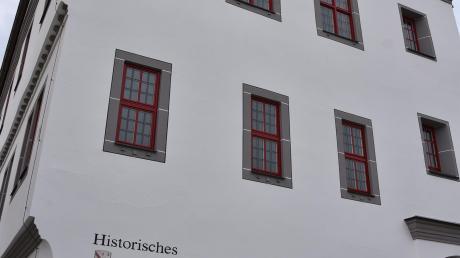 In das historische Rathaus in Wemding ziehen zum 1. Mai einige neue Stadträte in. Bei der Wahl gab es einige Überraschungen.