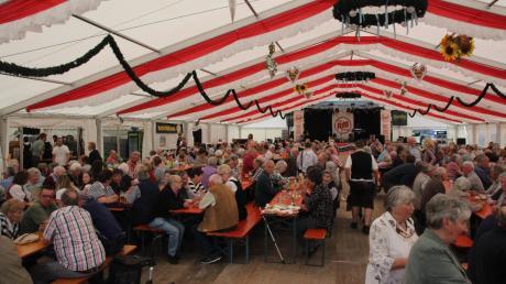 Nach der Wiederbelebung im vorigen Jahr fällt das Anfang Mai geplante Volksfest in Monheim aus.
