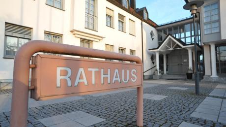 Die Stichwahl um das Amt des Bürgermeisters ging in Asbach-Bäumenheim äußerst knapp aus.