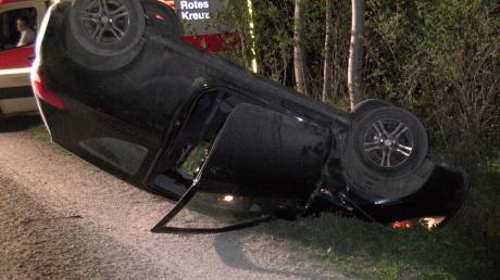 Das Auto des Fahranfängers erlitt einen Totalschaden in Höhe von rund 1500 Euro und musste abgeschleppt werden.
