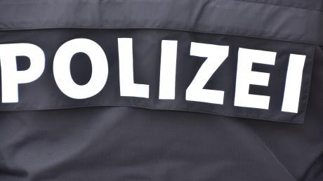 Die Polizei ermittelt wegen eines Überfalls auf eine Tankstelle in Ingolstadt.