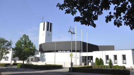 Neuer Arbeitsort für Markus Lidel: die Pfarrkirche Maria Immaculata in Bäumenheim. Das Pfarrhaus wird renoviert.