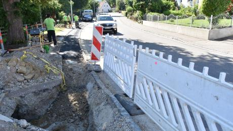 Bei den Bauarbeiten in Lechsend wurde ein Kabel der Telekom beschädigt. Deshalb haben viele Kunden keinen Festnetz- und Internetanschluss.