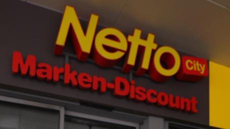 Eine Bande von Zigarettendieben hat sich auf Netto-Filialen spezialisiert.