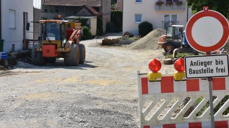 Die Bindergasse in Daiting wurde in den vergangenen Jahren – hier ein Bild von 2018 – neu ausgebaut.
