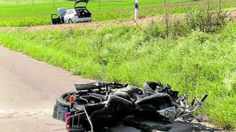 Bei einem Unfall nahe Marxheim ist am Mittwochnachmittag ein 25-jähriger Motorradfahrer gestorben.