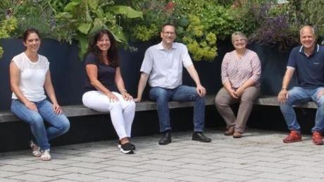 Das Bild zeigt den neuen Vorstand: (von links) Lothar Bock, Sabrina Ferber, Ingrid Burkhardt, Uli Röding, Anita Ferber, Lothar Rosskopf und Karel Kuba.
