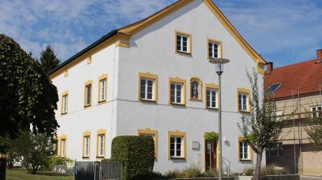 Der Dachstuhl im Röglinger Pfarrhaus ist vom Holzwurm befallen.