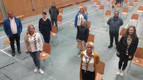 Der neu gewählte Vorstand der Blaumeisen Huisheim: (von links) Volker Bobinger, Nadine Stegner, Julia Löffler, Markus Laminit, Jeannette zeuß, Christina Rettenmeir, Hannelore Seel, Kevin Köhler und Patrizia Michel.