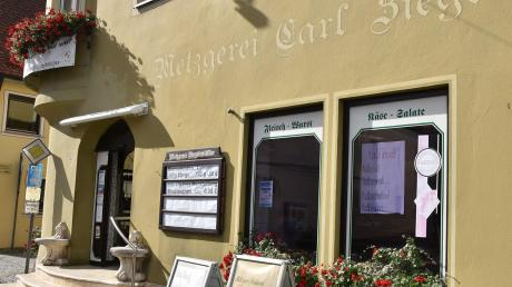 Die Metzgerei Ziegelmüller schließt Ende Oktober ihre Läden in der Nördlinger Straße in Wemding (im Bild) und in der Neuburger Straße in Monheim. Der Schlachtbetrieb in Wemding läuft weiter.