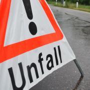Ein spektakulärer Unfall war in Bobingen die Folge eines Fahrfehlers.