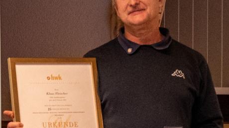 Klaus Fischer wurde für 25 Jahre Tätigkeit als SHK-Ausbildungsleiter geehrt.