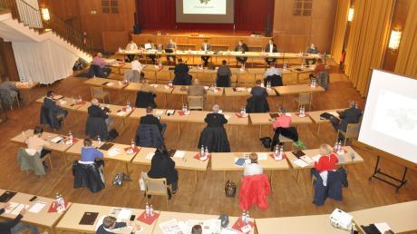 Werden die Sitzungen des Donauwörther Stadtrats bald live ins Internet übertragen? Das wird derzeit diskutiert.