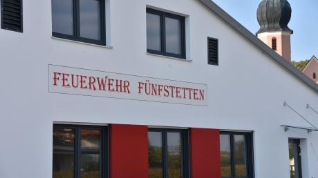 Das neue Feuerwehrhaus samt Bauhof in Fünfstetten.
