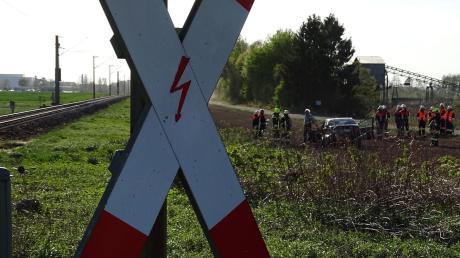 Dach dem Unfall am Bahnübergang Staudheim fuhr der Zugführer einfach weiter. Den Strafbefehl, den er für seine Unfallflucht bekommen hat, hat er nicht akzeptiert, sondern Einspruch dagegen eingelegt.