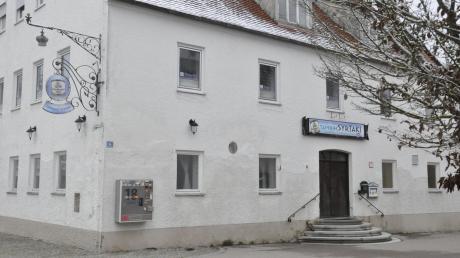 """Die """"Krone"""" im Herzen von Oberndorf steht seit geraumer Zeit leer. Das schmerzt, wie Bürgermeister Franz Moll gesteht."""
