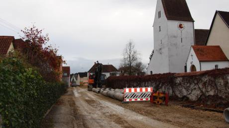 Große Baustelle: In Blossenau läuft die Dorferneuerung. In deren Rahmen soll auch ein Nahwärmenetz geschaffen werden.
