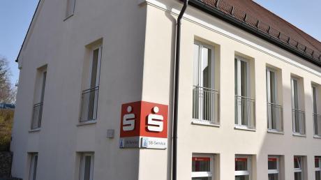 Ins Obergeschoss des Hofwirt-Nebengebäudes in Kaisheim ist eine Klasse der Grundschule eingezogen.
