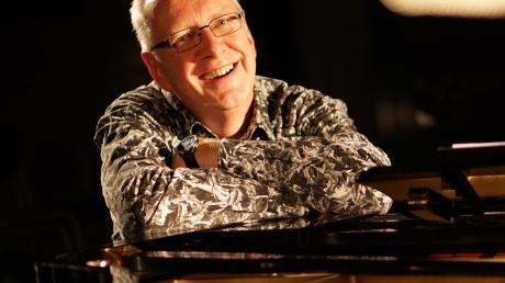 Der Donauwörther Liedermacher präsentiert sein Konzert am Samstag im Internet.