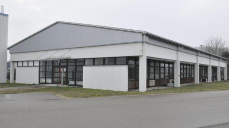 Soll ein Haus für Vereine werden: Das ehemalige Verwaltungsgebäude von Südstahl. Die Gemeinde hat es dem Vorbesitzer, der Molkerei Zott, abgekauft.