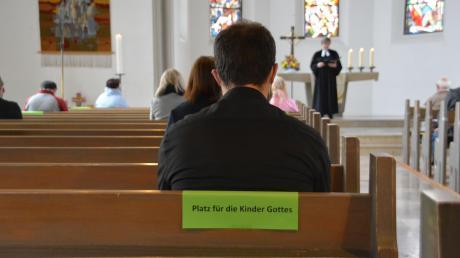 In den evangelischen Gemeinden (im Bild die Christuskirche in Donauwörth) entscheiden die Kirchenvorstände über Präsenzgottesdienste, in den katholischen die Bistümer. Augsburg und Eichstätt haben grünes Licht gegeben, ebenso das evangelische Dekanat Donauwörth.