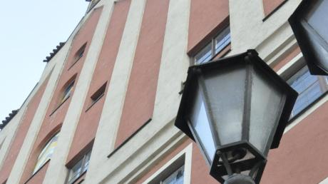 Wird zum Zankapfel: das Donauwörther Tanzhaus. Ein aktueller Stadtratsbeschluss besagt, dass es abgerissen wird und an gleicher Stelle ein Neubau entstehen soll.