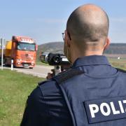 Die Polizei hielt unter anderem auf der B25 bei Harburg Ausschau nach Temposündern. Dies geschah an dieser Kontrollstelle mittels Laserpistole.