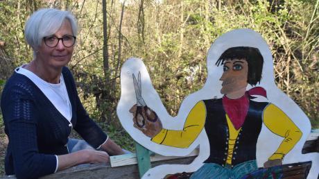 Neue Figuren auf dem Märchenweg in Harburg lassen die Besucher ab 1. Mai in eine zauberhafte Welt eintauchen.