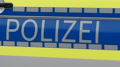 Die Polizei Nördlingen sucht nach Hinweisen zu einem Unbekannten, der bei Kleinsorheim Müllsäcke abgelagert hat.