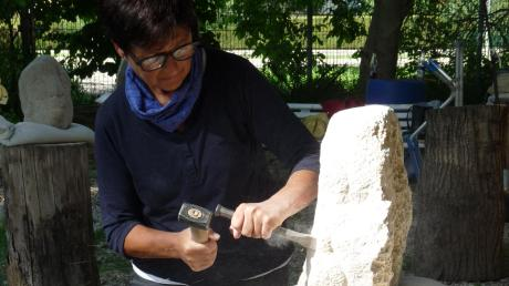 Den Bildhauer-Kurs mit Hannelore Stachel hat der Freundeskreis Stadtpark für heuer wieder fest im Visier.