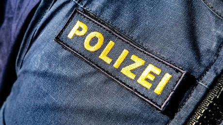 Die Polizei musste eine Bauwagenparty bei Mittelneufnach auflösen.