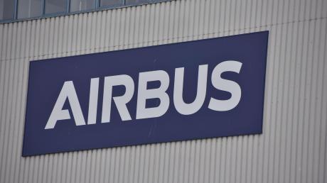 Der Hubschrauber-Hersteller Airbus Helicopters hat einen Großauftrag aus den USA bekommen.