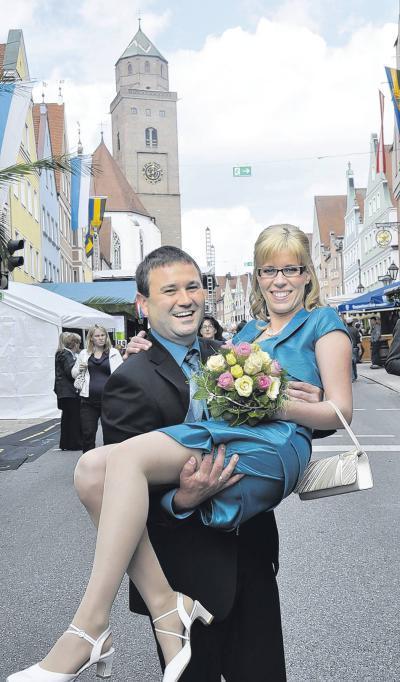 Hochzeit: Ein Kuss mit Folgen | Donauwörther Zeitung